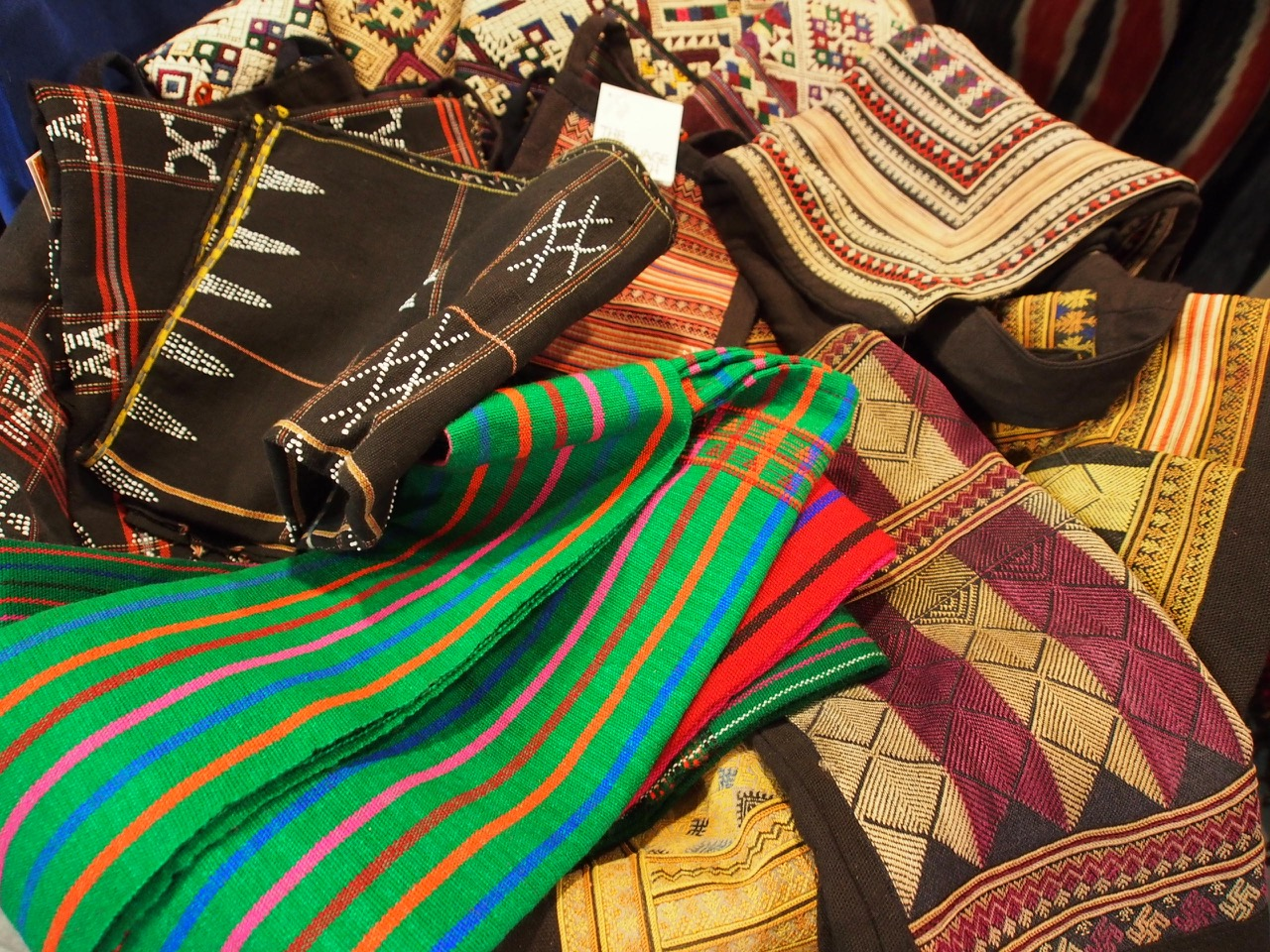 Ethnic bags made from Hmong embroidery